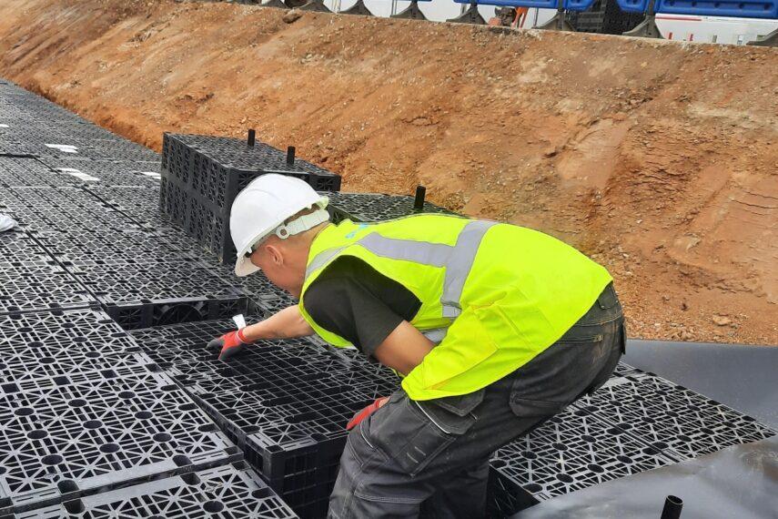 Attenuation tank installation